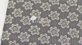 Tecido Flores rendadas preto